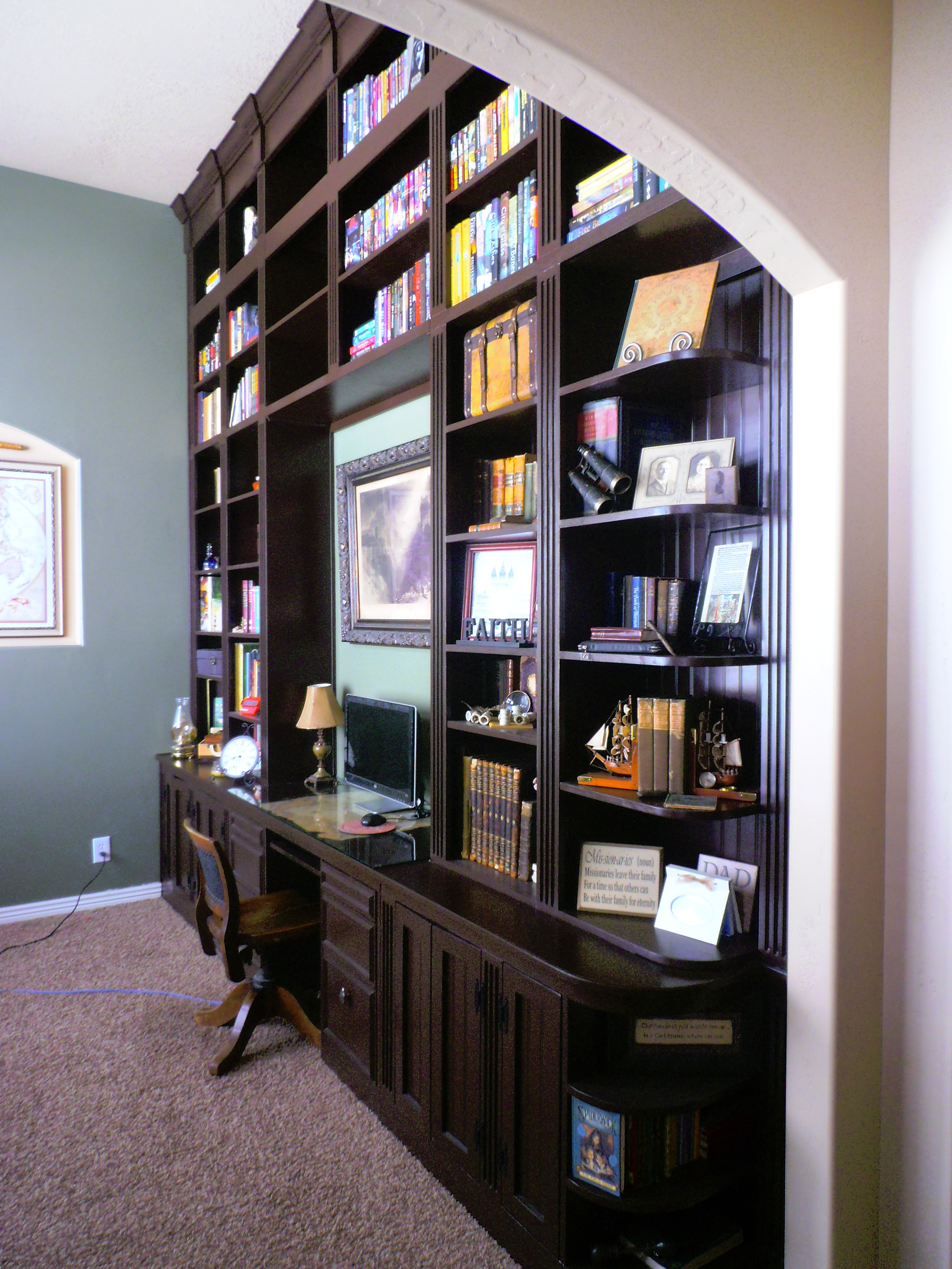 update crown value things gorgeous shiny true bookcases moldings diysquad with wall a to bookcase basic molding